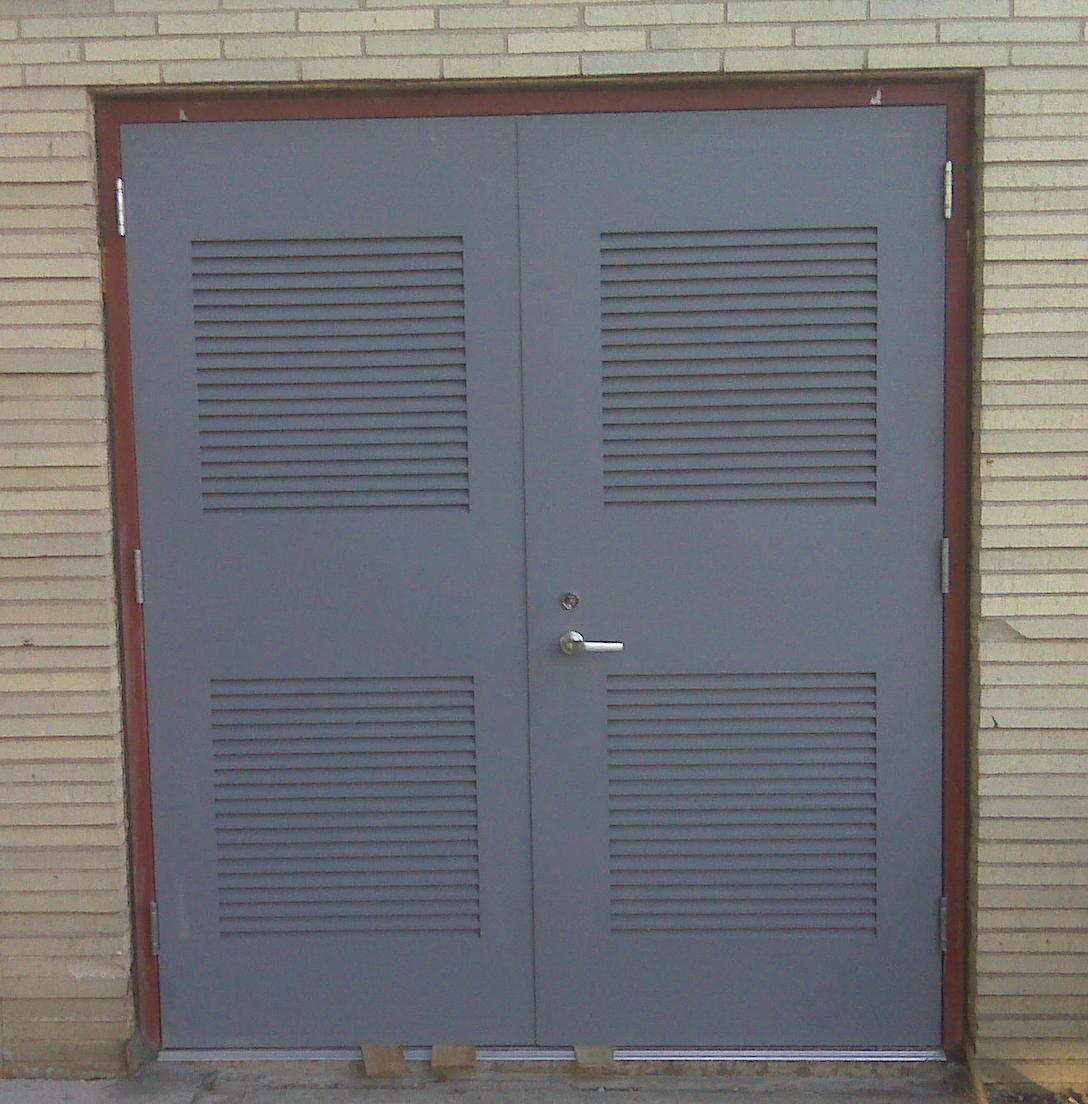 Metal Doors with Louvers 1088 x 1104